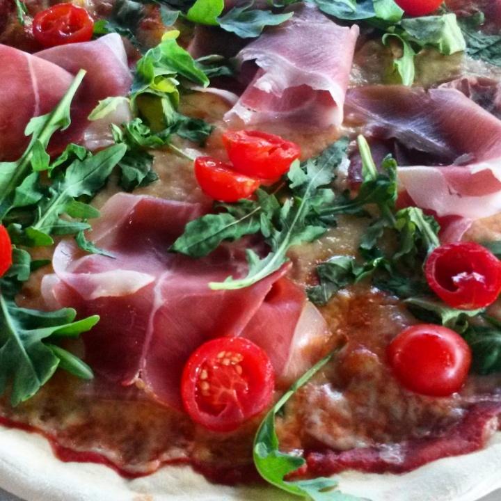 Proscuitto pizza at Sneyana restaurant in Belgrade