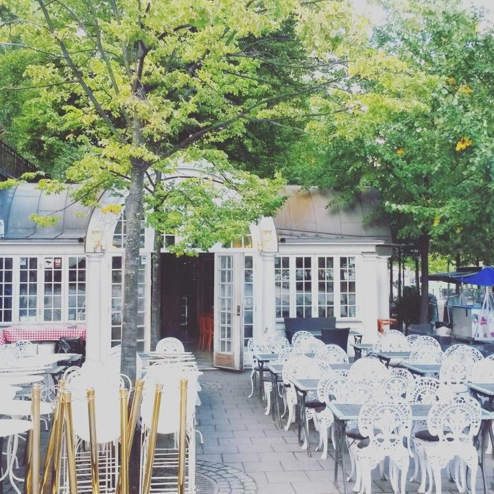 A cute cafe in Kungsträdgården Stockholm