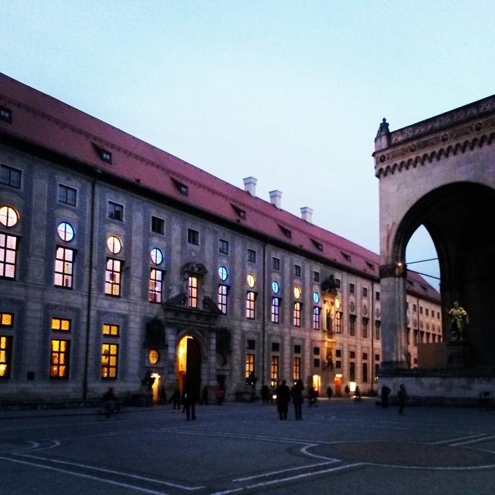 see-munich-odeonsplatz