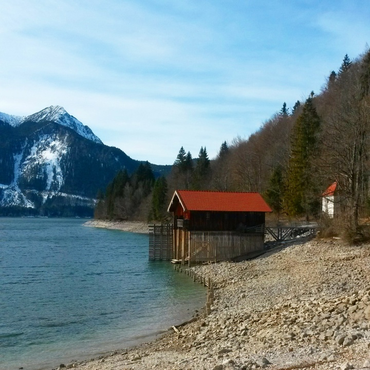 top-10-scenic-spots-europe-bavarian-alps-walchensee