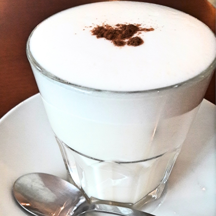 Chai latte at Liebes Bisschen