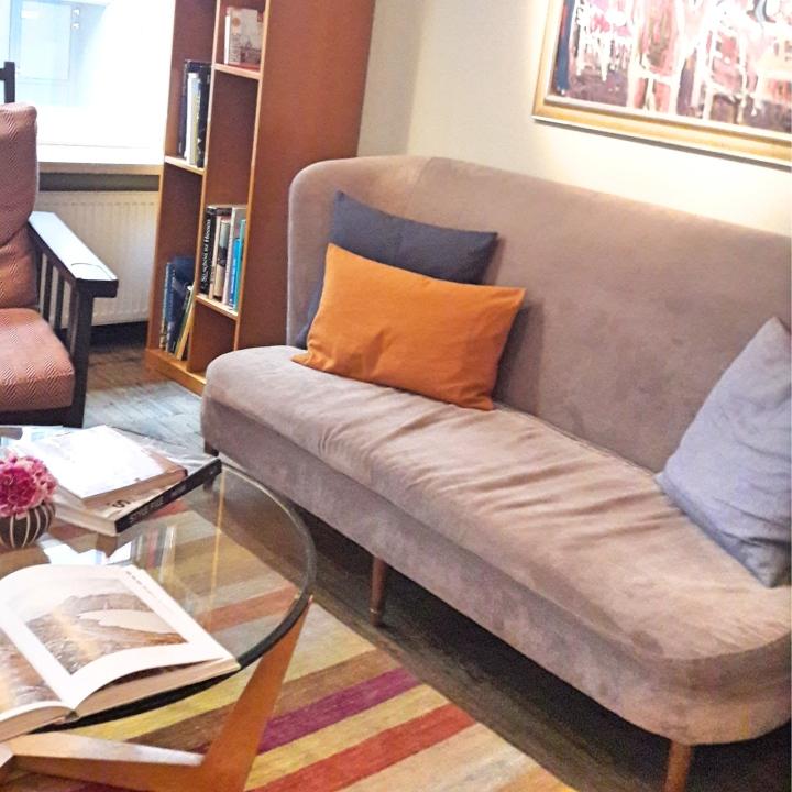 Henri Hotel sofa area