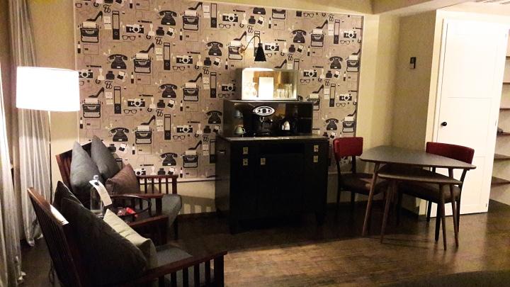 Henri Hotel Studio L